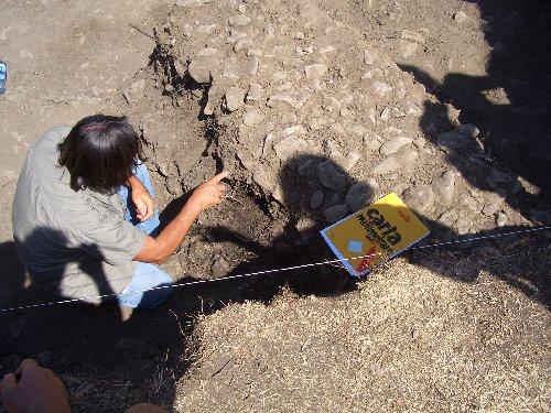 scavi-archeo-bismatova-13-29-7-2012