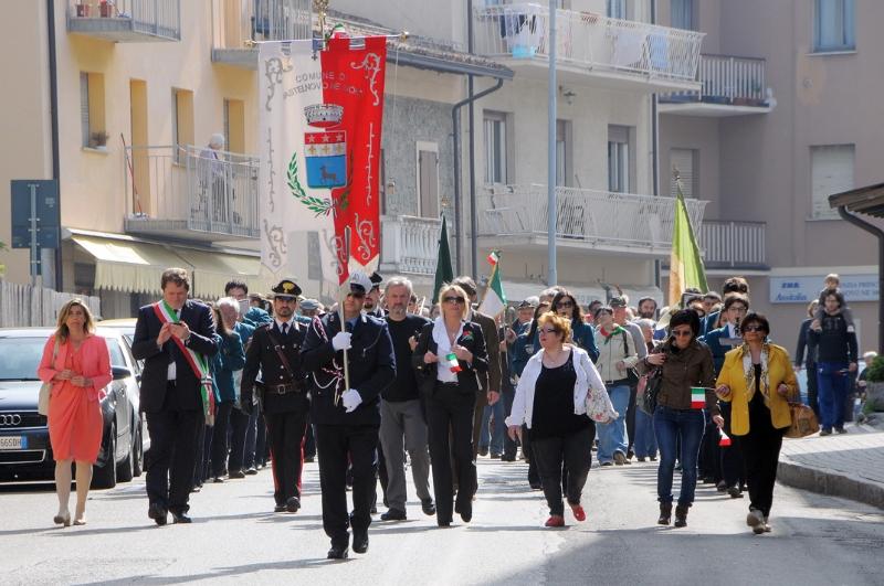 25-aprile-corteo-via-roma-1