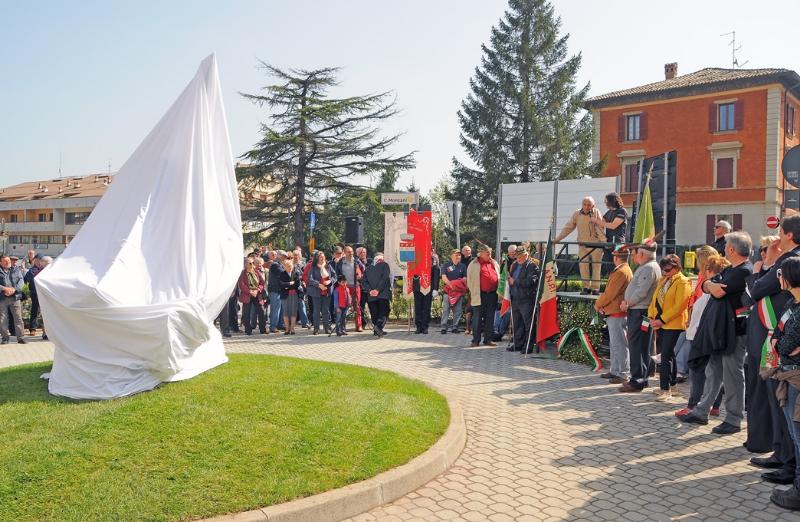 inaugurazione-monumento-benevelli-13