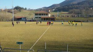Calcio d'inizio a Carpineti