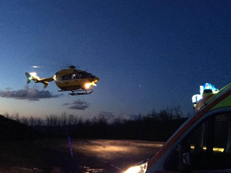 Elicottero Notte : Elicottero di notte la prima a villa minozzo redaconredacon
