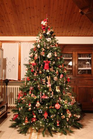 Foto Di Alberi Di Natale In Casa.Natale A Casa Tua Ecco L Albero Di Niccolo Al Gusto Di Una
