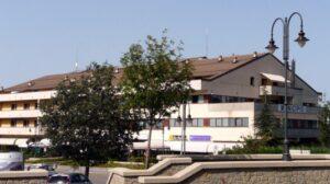 Castelnovo_ne_Monti-municipio-535x300