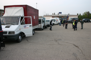 La colonna dei soccorsi ASAPS e Volontari della sicurezza di Sassuolo (MO) ) in occasione del terremoto dell'Aquila Foto di Repertorio ASAPS.