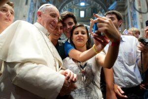 Papa Francesco autoscatto