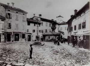 Piazza Antica
