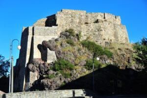 Rocca di Minozzo (archivio fotografico Provincia di Reggio Emilia)