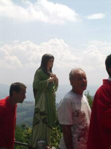 Valestra, processione sul Monte Foto G. Arlotti 2