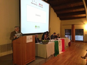 Un momento dell'accorato intervento di Pietro Ferrari al congresso Cisl