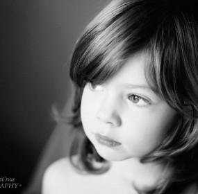 ritratti-di-bambini-Alice1-bw